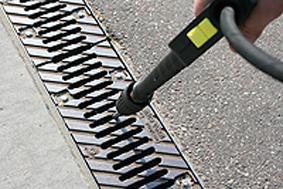 BIRCOeasyclean-Gonzo-high pressure-cleaning-drainage-Kaercher-Bild